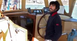 Alquilar un velero para visitar Islandia